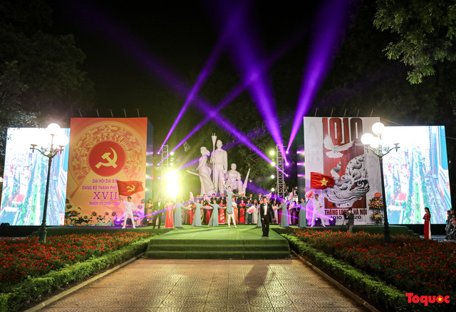 Tái hiện Hào khí Thăng Long trên phố đi bộ với chương trình nghệ thuật đặc biệt kỷ niệm 1010 năm Thăng Long - Hà Nội-11