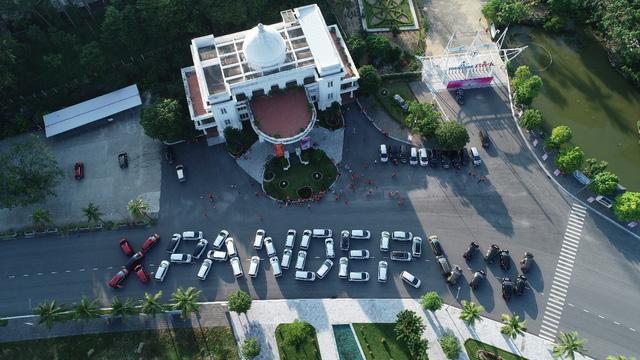 100 xe Mitsubishi Xpander xếp chữ hoành tráng tại Hạ Long: Hành trình đầy ý nghĩa và cảm xúc-1