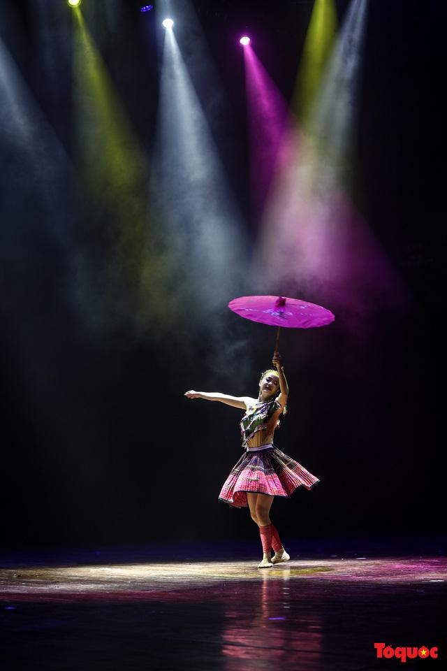 Sôi động ngày thi cuối cùng với nhiều tiết mục ấn tượng trong cuộc thi Tài năng diễn viên múa 2020 khu vực phía Bắc-1