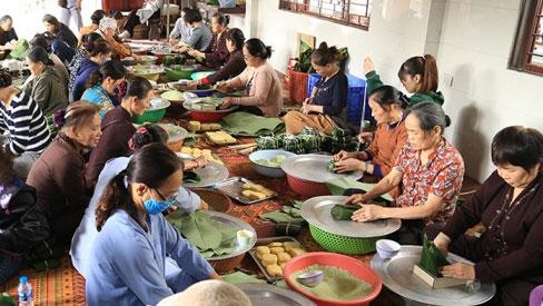 Cách nào gửi thực phẩm an toàn cứu trợ người dân vùng lũ?