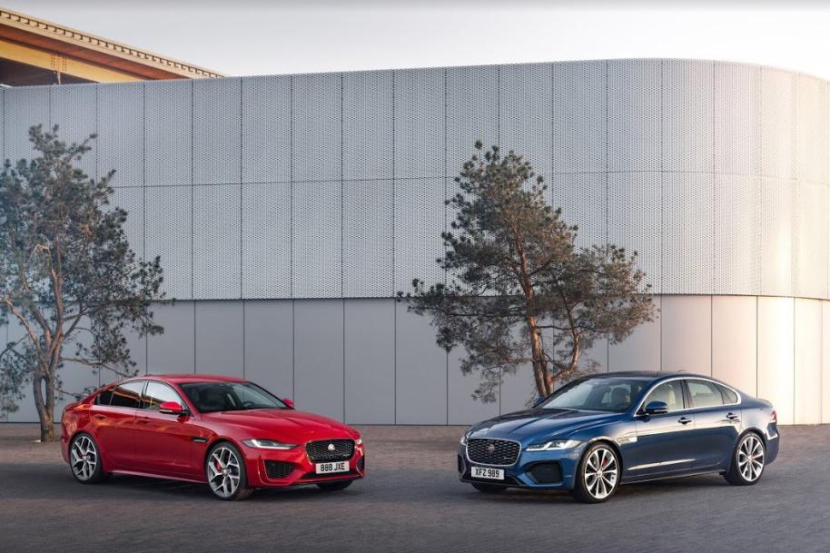 Jaguar XE có thêm tùy chọn hệ thống truyền động lai điện và các công nghệ kết nối mới