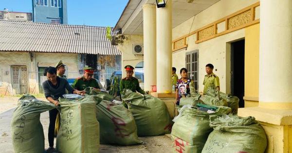Thu giữ 4.000 sản phẩm nhập lậu tại một điểm kinh doanh dịch vụ vận chuyển hàng hóa