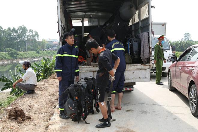 Đã tìm thấy thi thể nữ sinh Học viện Ngân Hàng dưới lòng sông Nhuệ-2