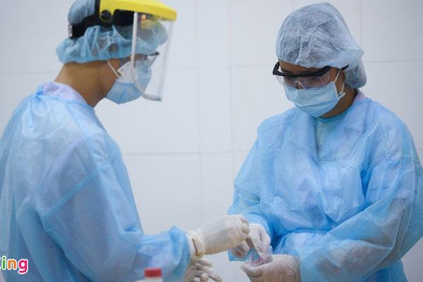 38 người ở TP.HCM tiếp xúc gần chuyên gia Hàn Quốc dương tính nCoV