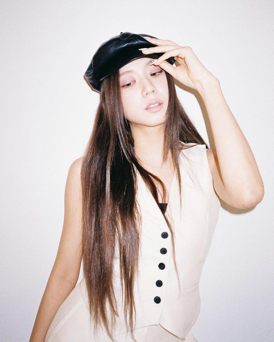 Chán tóc xoăn thì chị em hãy chuyển phỏm sang tóc duỗi thẳng tưng với 4 kiểu siêu sang sau đây-8