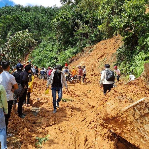Ba bộ lý giải mất rừng, làm thủy điện có phải nguyên nhân gây lũ lụt?