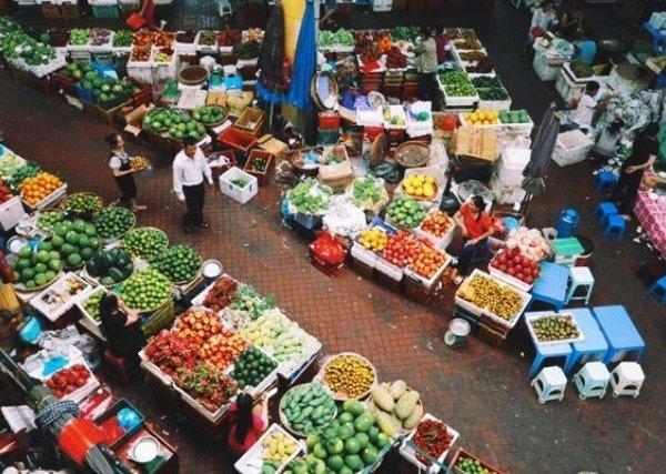 Sức ép từ mô hình bán lẻ hiện đại, chợ truyền thống đang dần đuối sức