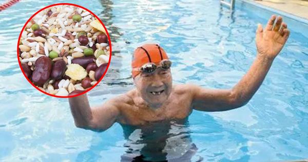 99 tuổi vẫn bơi