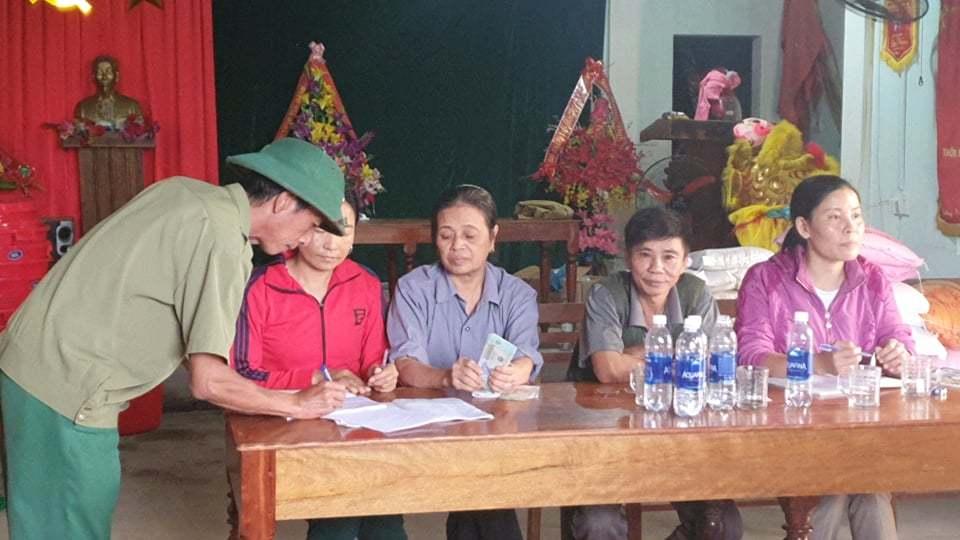 Thôn trả lại cho dân tiền ca sỹ Thủy Tiên hỗ trợ ở Quảng Bình-3
