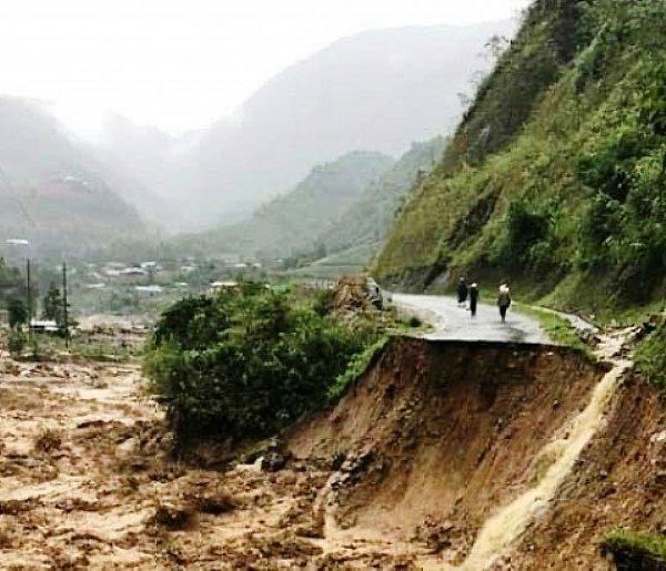 Ứng phó siêu bão Goni:Rà soát các khu dân cư có nguy cơ xảy ra lũ quét