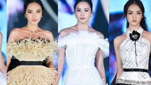 Bùng nổ đêm thi thời trang HHVN 2020: Kỳ Duyên - Tiểu Vy