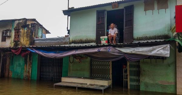 Nhiều nơi tại Thừa Thiên Huế tái ngập lụt, có nơi ngập hơn 1 tháng