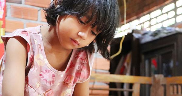 Bé gái 6 tuổi bỗng dậy thì sớm, người mẹ tuyệt vọng khi biết con bị khối u buồng trứng: