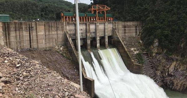 Đoàn công tác Bộ Công Thương kiểm tra nhà máy thủy điện