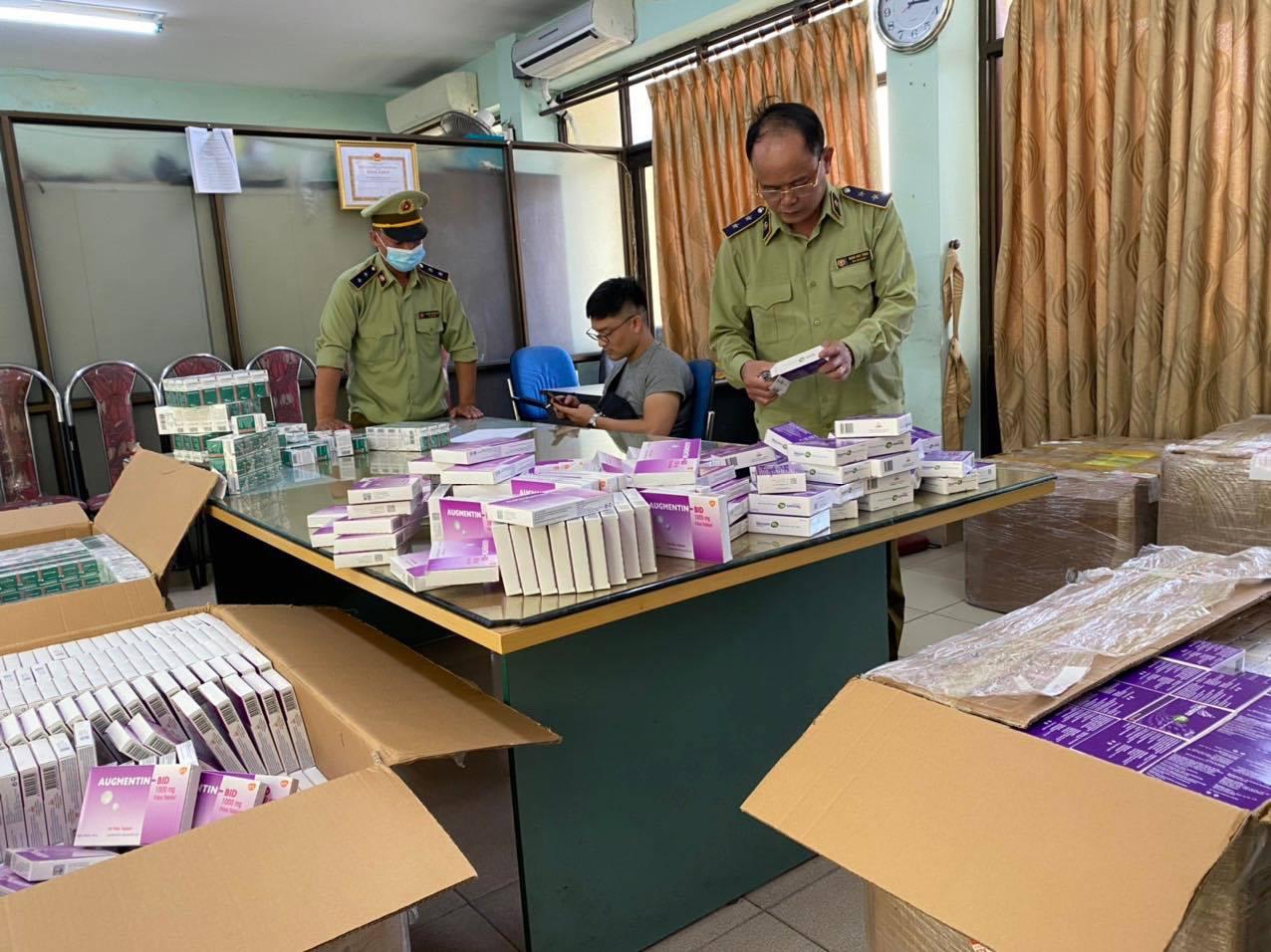 Hà Nội: Phát hiện số lượng lớn thuốc tân dược được mua trôi nổi trên Facebook, chuẩn bị tuồn vào các hiệu thuốc-1
