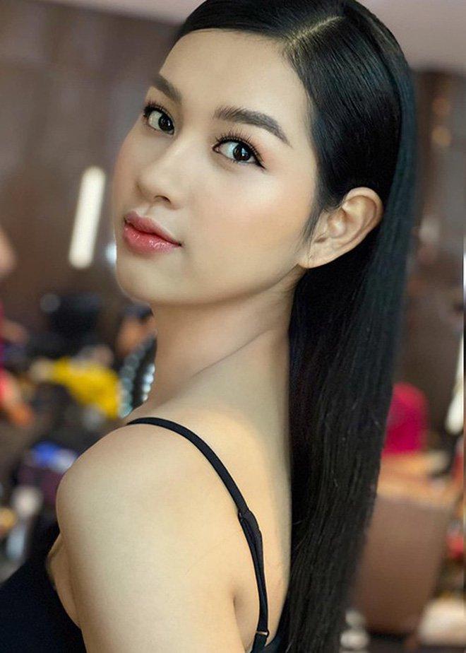 Thí sinh lật mặt nhanh nhất chung kết Hoa hậu Việt Nam 2020: Vừa nở nụ cười công nghiệp đã quay ngoắt 180 độ?-2
