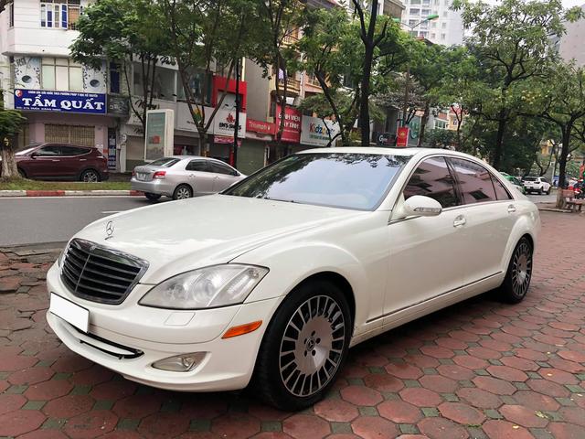 Độ kiểu Maybach, Mercedes-Benz S 550 cũ vẫn có giá rẻ hơn Toyota Corolla Altis cả chục triệu đồng-1