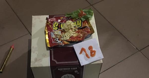 Nữ sinh được bạn tổ chức sinh nhật, nhìn hộp bánh to đùng nhưng thứ nằm bên trong ai cũng ngã ngửa