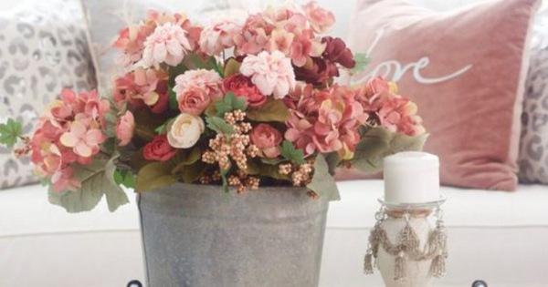 Muôn kiểu cắm hoa tạo nét đẹp tinh tế và lãng mạn bừng sáng trong không gian sống