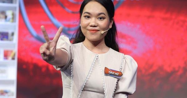 Nữ bác sĩ khiến ai nấy rùng mình vì mới 24 tuổi đã đọc hết một lượng sách mà người Việt phải mất 833 năm mới đọc được