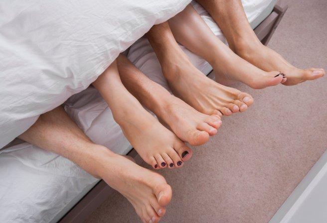 Nam giới nên sửa ngay 4 hành vi khi lâm trận dễ gây tổn thương tới tử cung của chị em phụ nữ-4