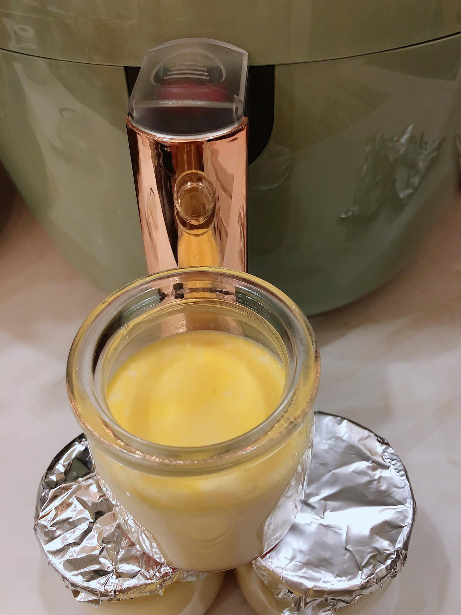 Rộ cách làm flan bằng nồi chiên không dầu: Mềm mịn thơm ngon mà không lo bị rỗ như hấp cách thủy-23
