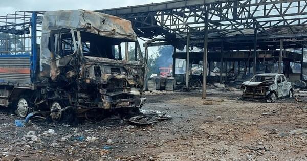 Cháy nổ lớn tại khu vực biên giới Việt Nam - Lào, nhiều người thương vong