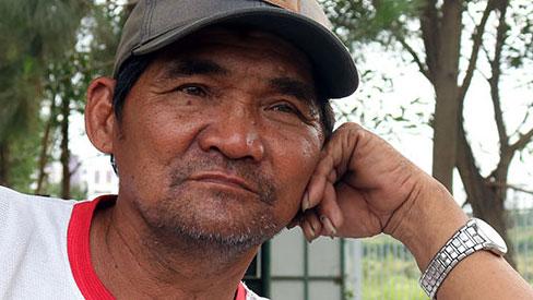 Hiệp sĩ Minh 'cô đơn' được nhiều người tặng xe ba gác mới: 'Tôi chỉ nhận một chiếc của người gọi đến đầu tiên thôi'