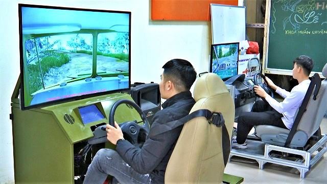 Học và thi bằng lái ô tô với cabin ảo từ đầu 2021?