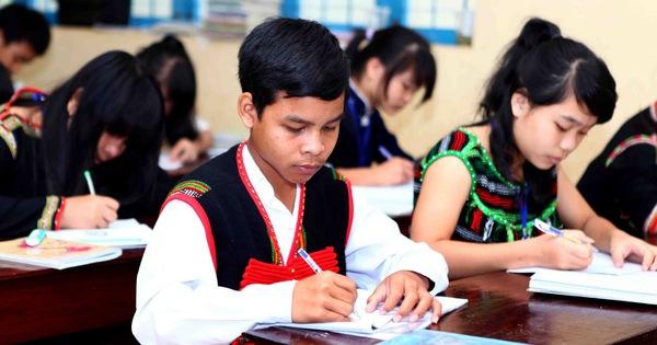 Điều kiện để học sinh, sinh viên dân tộc thiểu số được cử tuyển học đại học, cao đẳng, trung cấp