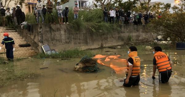 Người dân đi tập thể dục hoảng hồn phát hiện thi thể trên sông Hàn