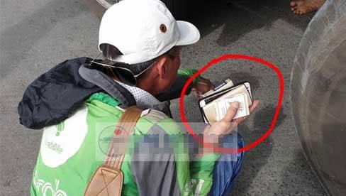 Phẫn nộ người đàn ông mặc đồ xe ôm công nghệ 'biến mất' cùng tài sản của nạn nhân tử vong vì tai nạn giao thông
