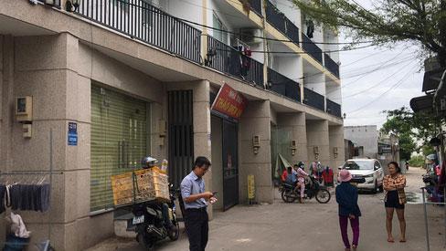 TP.HCM: Nam sinh viên tử vong trong tư thế treo cổ tại phòng trọ, miệng bị dán băng keo