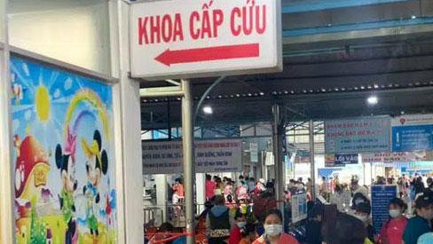 TP.HCM: Bé trai 4 tuổi tử vong với nhiều vết thương trên đầu, mắt bầm, nghi bị bạo hành
