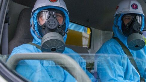 Người phụ nữ đi cùng bệnh nhân 1440 dương tính với SARS-CoV-2