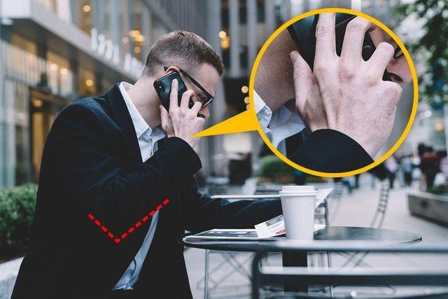 Người dùng điện thoại thường xuyên rất dễ gặp 7 kiểu chấn thương này: Đau khớp, hại mắt, ảnh hưởng không nhẹ tới cột sống-3