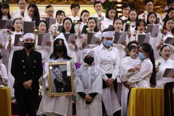 Hoa hậu Phương Lê bức xúc vì bố mẹ Vân Quang Long không chấp nhận vợ hai của con trai: 2 bác nhẫn tâm chà đạp đời con người ta-3