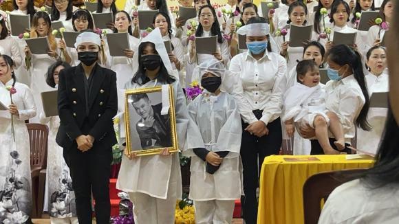 Hoa hậu Phương Lê bức xúc vì bố mẹ Vân Quang Long không chấp nhận vợ hai của con trai: 2 bác nhẫn tâm chà đạp đời con người ta-4