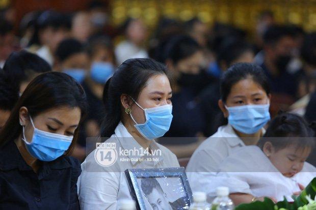 Xôn xao tin nhắn vợ Vân Quang Long khẳng định chưa có chồng, tìm người mang lại hạnh phúc trước khi cố NS qua đời-7