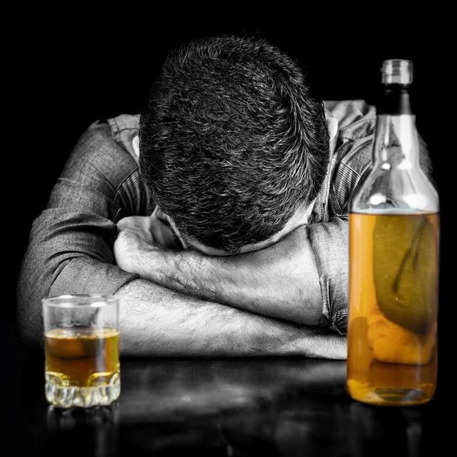 BS chuyên khoa Gan: Nếu không thể không uống rượu, thì hãy biết uống đúng để cứu gan-2