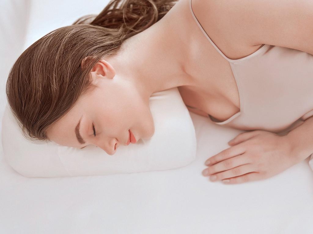Ngủ không đủ giấc khiến da bị xấu đi thế nào?