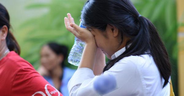 Nữ sinh nhập viện sau khi hoàn thành bài tập và mặt trái đáng sợ của câu nói mà phụ huynh nào cũng đang nói với con hằng ngày