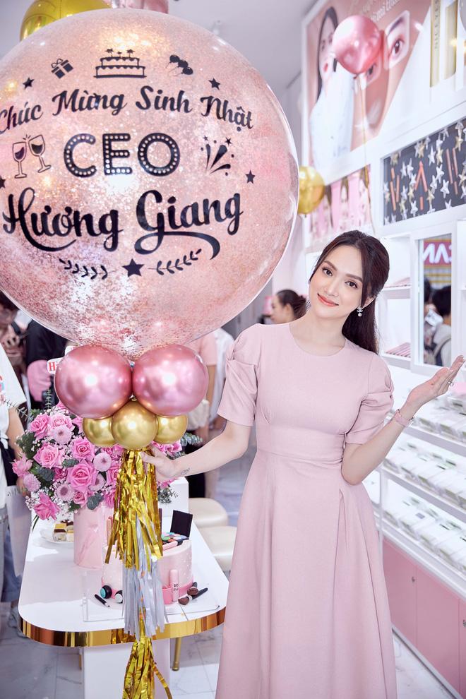 Công ty mỹ phẩm do Hương Giang làm CEO bị chỉ trích vì lợi dụng nơi linh thiêng để PR, đại diện giải thích liệu có hợp lý?-3