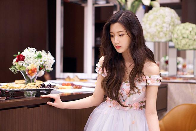 Nữ diễn viên số hưởng đánh bại cả Jisoo (BLACKPINK): Thạo 3 ngôn ngữ, đỗ đại học nổi tiếng bậc nhất Hàn Quốc-3
