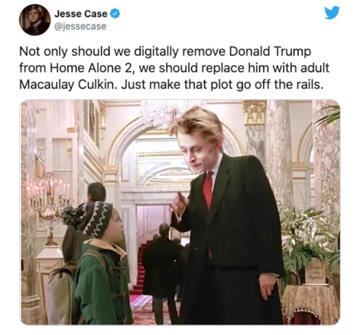 Cư dân mạng đòi xóa hình ảnh Tổng thống Trump khỏi nhiều cảnh phim nổi tiếng-3