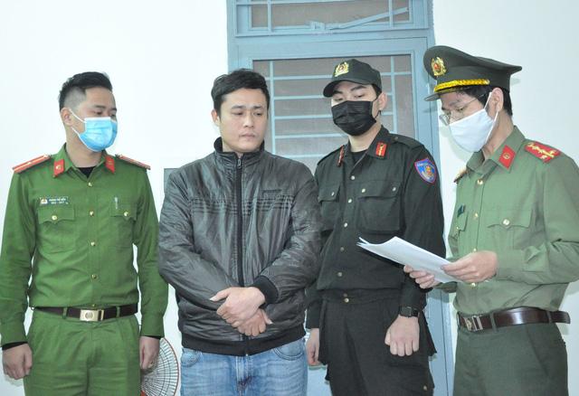 Bắt giam 2 tài xế nhận chở người Trung Quốc nhập cảnh trái phép-1