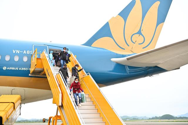 Hạn chế tối đa các chuyến bay đưa người nhập cảnh vào Việt Nam từ nay đến Tết Nguyên đán-1