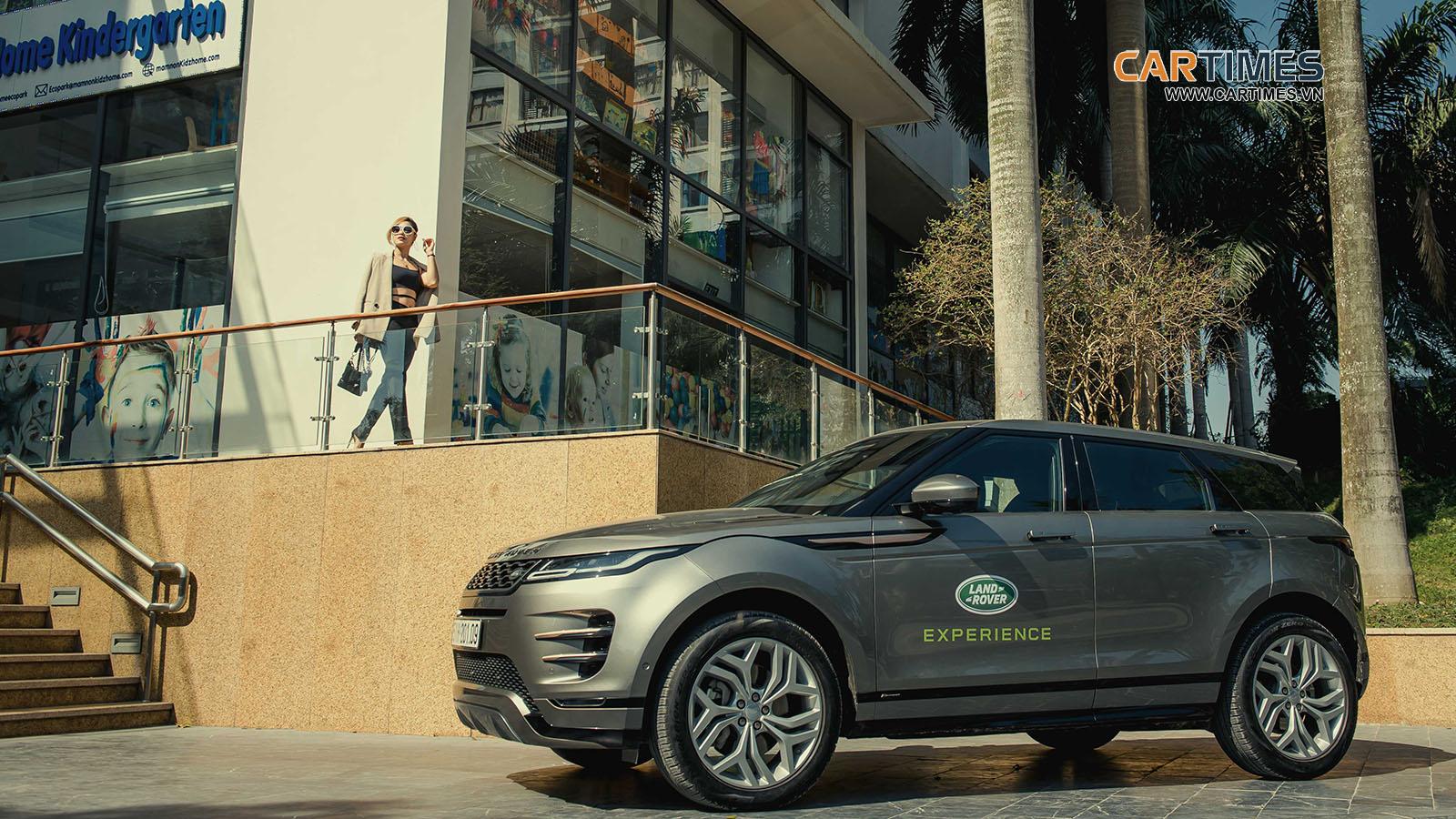 Range Rover Evoque xuống phố cùng cô nàng cá tính