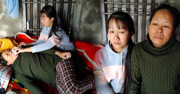 Nước mắt nữ sinh học giỏi không có cha, một mình chăm mẹ mắc bệnh hiểm nghèo