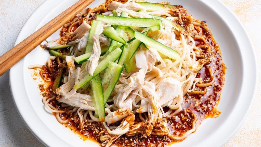 Cách làm mì thịt gà Tứ Xuyên